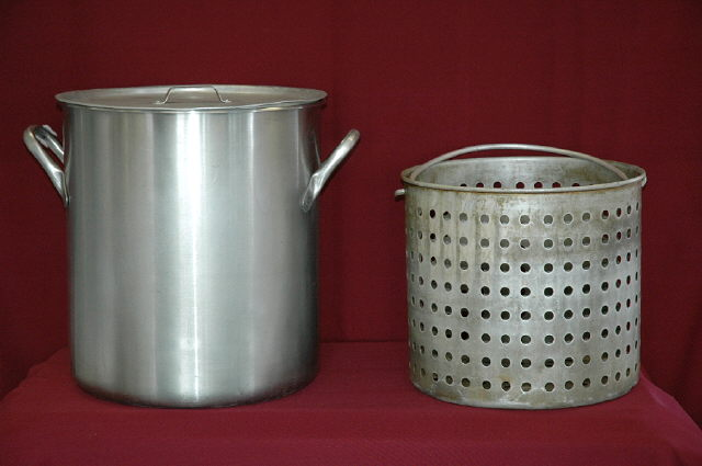 Where to find STOCK POT  - 40 QT in Plymouth